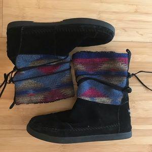 Toms Nepal black boots